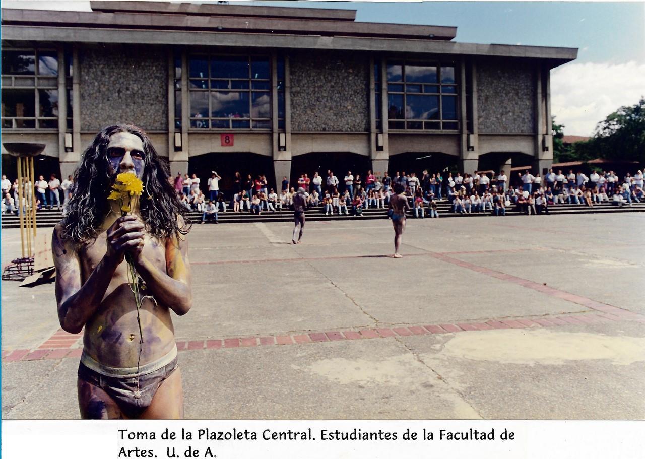 Fotografías del Departamento de Comunicaciones de la Secretaría General. Cortesía de la Asociación de profesores de la Universidad de Antioquia (ASOPRUDEA).