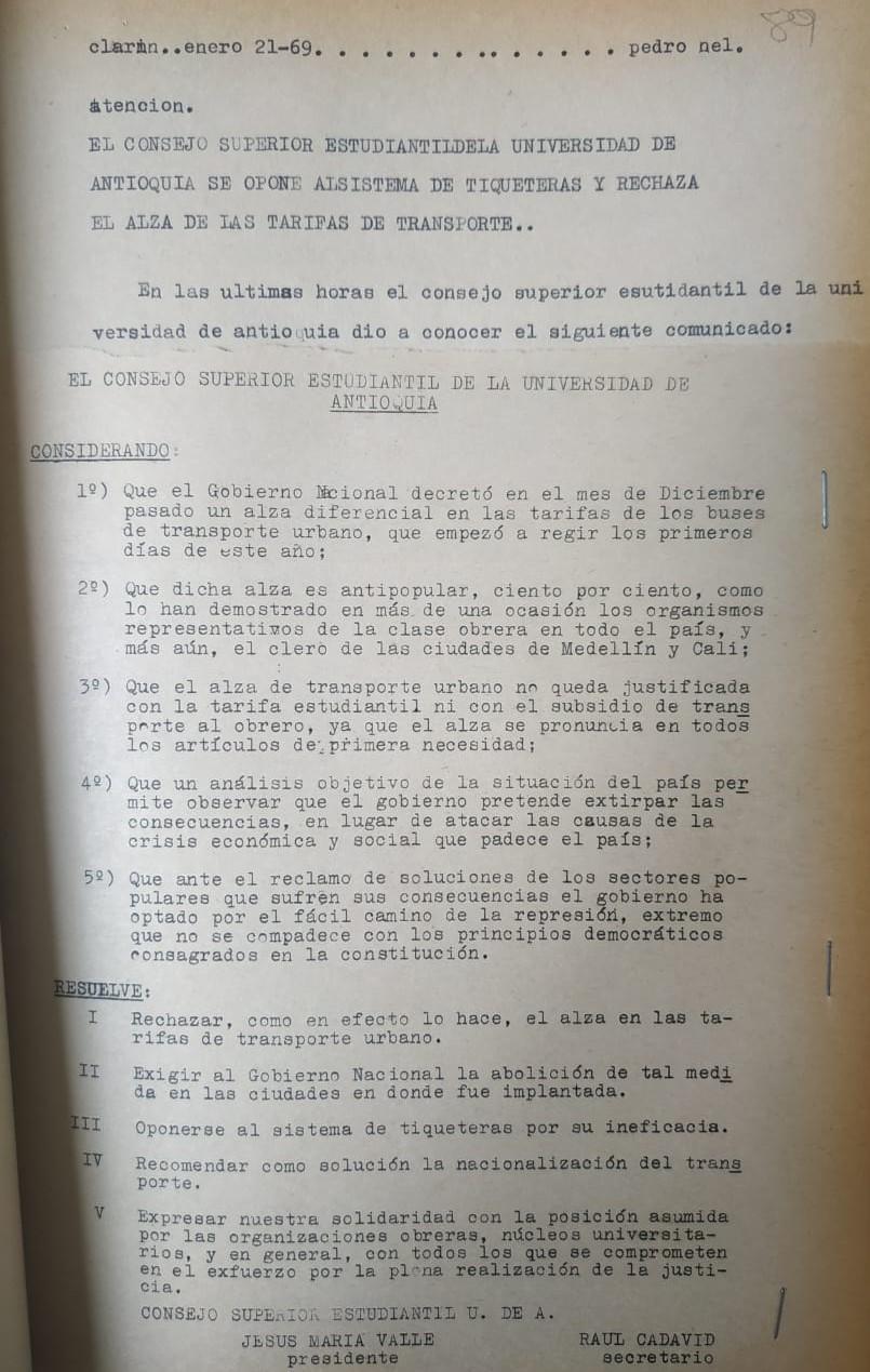 Guión del Radioperiódico El Clarín para la emisión del 21 de enero de 1969. Consultado en el Archivo Histórico de Medellín.