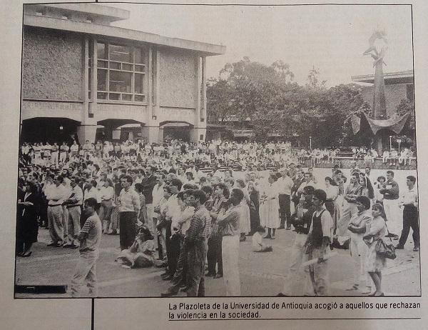 Fotografías tomadas de la edición del 22 y 23 de junio de 1993 del periódico El Mundo .