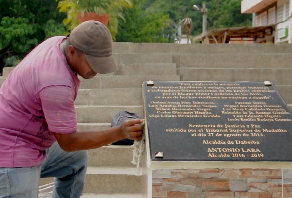Reparación simbólica: un compromiso que va más allá de los monumentos