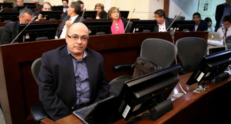 """""""A pesar del fallo de la Corte, el Acuerdo se ha respetado en el Congreso"""": Jairo Estrada"""