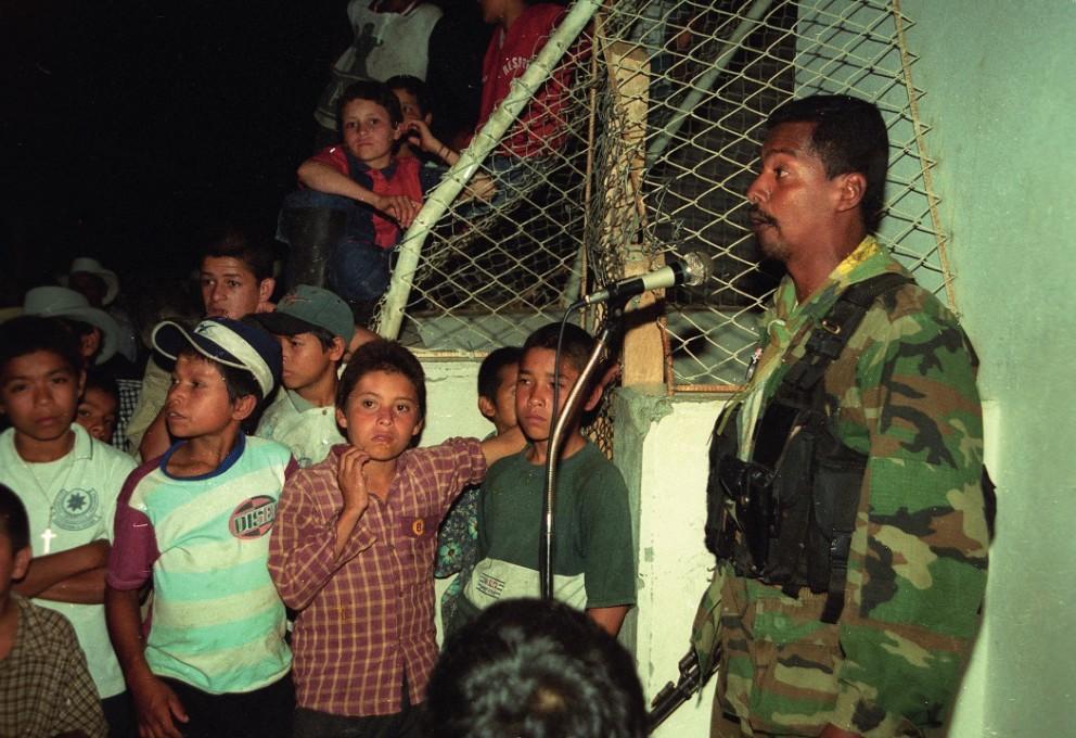 El camino que deben recorrer los niños que salen las Farc